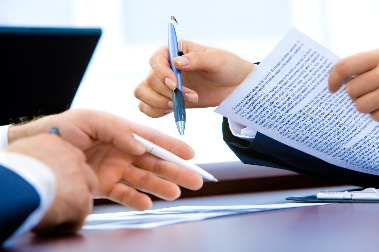 What Employers Should Include in Employment Agreements