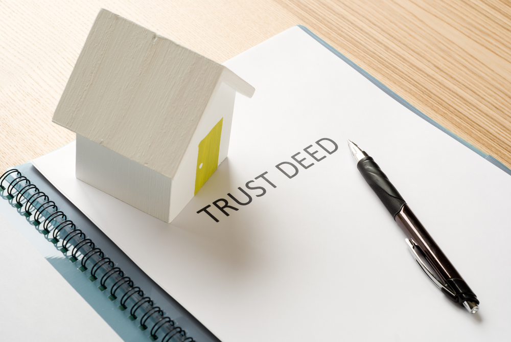 What is a Grant Deed? Grant Deed vs Deed of Trust